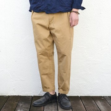 【17 SS】 Honor gathering(オナーギャザリング) 2tuck semi wide chino -army beige- #17SS-P08