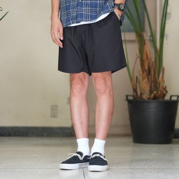 Graphpaper(グラフペーパー) Typewriter Original Wide Easy Shorts -NAVY- #GM17-B-403