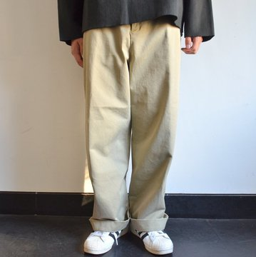 【17 AW】AURALEE(オーラリー)/ WASHED FINX CHINO WIDE PANTS -KHAKI- #A7AP01CN
