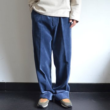 【17 AW】 AURALEE(オーラリー)/ WASHED CORDUROY WIDE SLACKS -DARK BLUE- #A7AP02FN