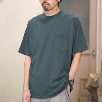 Graphpaper(グラフペーパー)  80/- Hi-Twisted S/S Pocket Tee -BOTTLE GREEN- #GU181-70067B