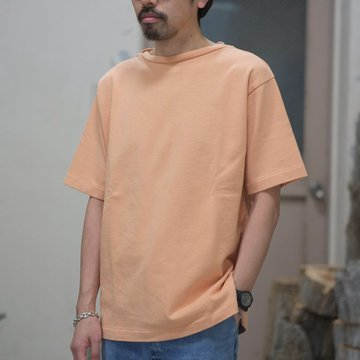blurhms(ブラームス) / Heavyweight & Soft Loose fit Boat Neck Tee  -Apricot-  BHS-RKSS18002