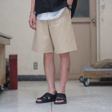【2018 SS】 AURALEE(オーラリー) WASHED FINX LIGHT CHINO WIDE SHORTS -IVORY- #A8SP02CN