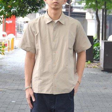 【2018 SS】YAECA(ヤエカ) コンフォートシャツ リラックススクエア S/S -KHAKI- #18121