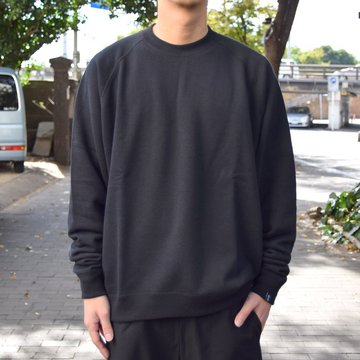"【2018 AW】 Graphpaper (グラフペーパー)""LOOPWHEELER"" for Graphpaper Raglan Sweat  GU183-70128B-BK"