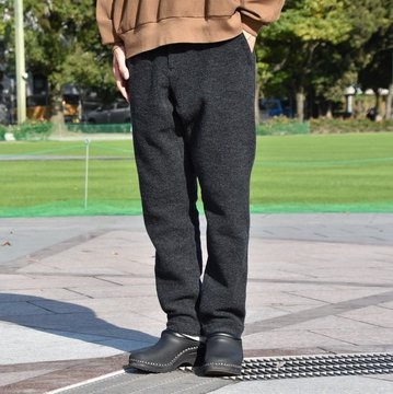 BROWN by 2-tacs (ブラウンバイツータックス) RA-TAPERED -CHARCOAL- #B20-PI003
