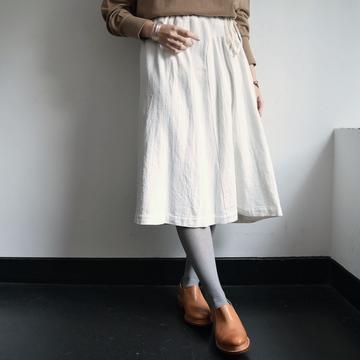 gasa*grue (ガサグルー) セミタイトスカート