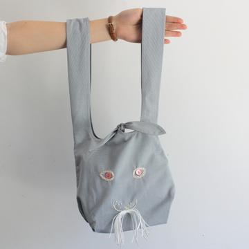 mina perhonen(ミナ ペルホネン)usa bag(小) (light blue)