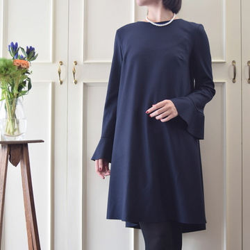 HARRIS WHARF LONDON(ハリスワーフロンドン) Woman volume dress with ruffle sleeves Merino Interlock