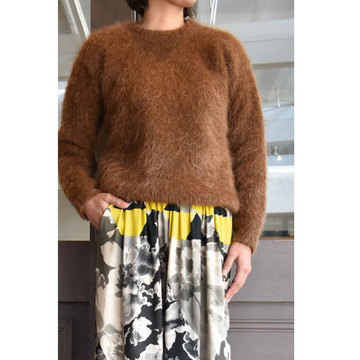 CristaSeya(クリスタセヤ)  Visone sweater (Vicuna)