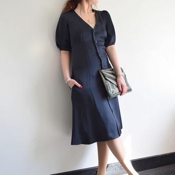 MADISONBLUE(マディソンブルー) PUFF SLEEVE DRESS SATIN【K】
