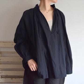 TOUJOURS(トゥジュー) String Surplice Shirt(2色展開)【K】