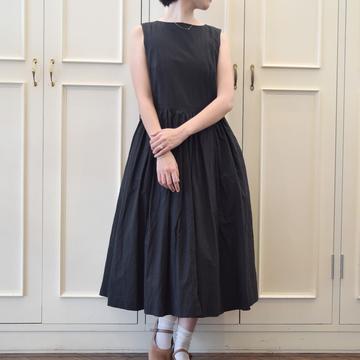 YAECA(ヤエカ) タックドレスS/L(BLACK)【K】