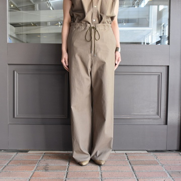AURALEE(オーラリー) WASHED FINX TWILL EASY WIDE PANTS #A9SP05TN